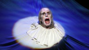 Production shot of Rhys Ifans in Exit The King by Eugene Ionesco adapted by Patrick Marber at National Theatre London