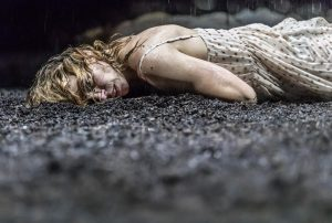 Yerma starring Billie Piper at the Young Vic reviewed by Paul Seven Lewis of One Minute Theatre Reviews