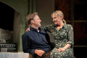 Production photo f the end of history at the Royal Court Theatre showing David Morrissey and Lesley Sharp